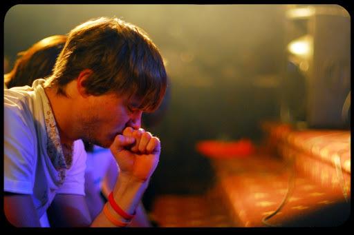 guy pray in a church