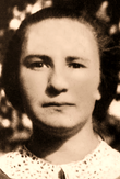 ANNA KOLESAROVA